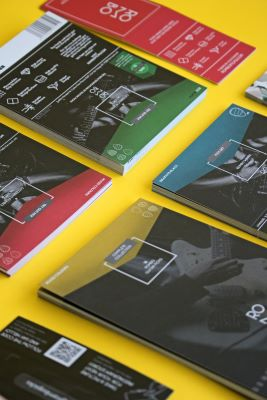 Types of brochure printing and how to choose the right one.